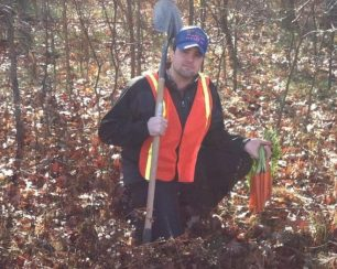 My vegetarian friend decided to get a hunting photo…
