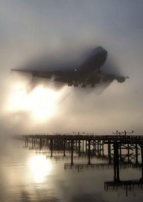 Boeing 747 approaching in fog